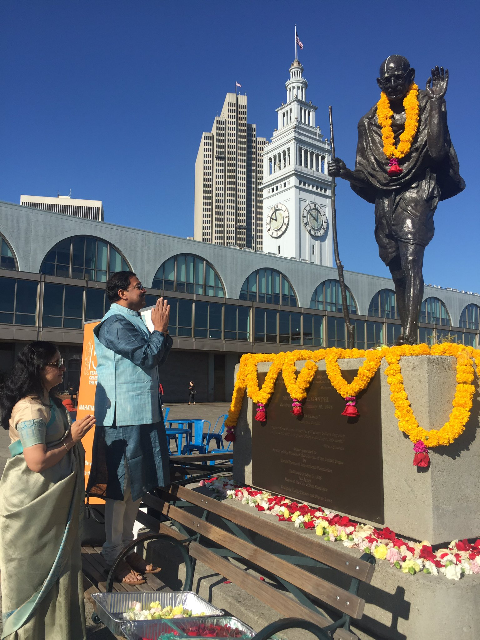 Consul General Sanjay Panda offered floral tributes at the iconic statue of Mahatma Gandhi at Ferry Building, Embarcadero to mark the 150th birth anniversary of Mahatma Gandhi