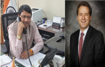 Montana Governor Steve Bullock and Consul General Dr. T.V. Nagendra Prasad talked over the phone to discuss about trade between India and the state of Montana with a scope for expanding trade in agriculture and cooperation in IT.