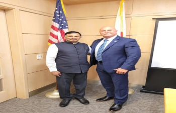 Consul General Dr. T.V. Nagendra Prasad met Fresno Mayor Jerry Dyer in his office on 22nd June 2021. The Mayor appreciated the rich contributions of the Indian community in Fresno, California. The sister city initiatives,  India@75 events and pandemic situation were discussed.