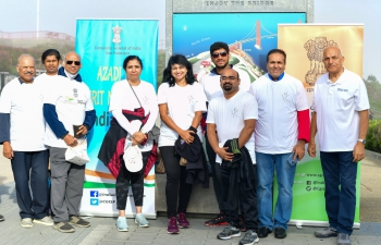 After the floral tributes, the Consulate organised a 'Walk for Peace' to commemorate the birth anniversary of Mahatma Gandhi across the iconic Golden Gate Bridge. The community enthusiastically participated in large numbers in the walk to spread the ideals of #Bapu.